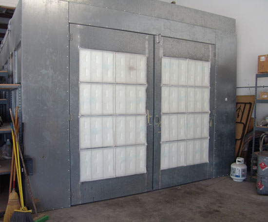 Auto Body Shop Spray Paint Booth Rental Tampa Area