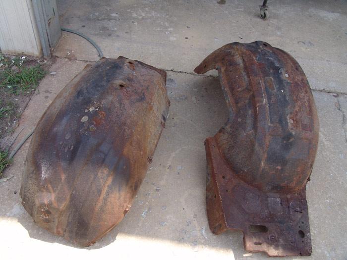 04 front wheel wells