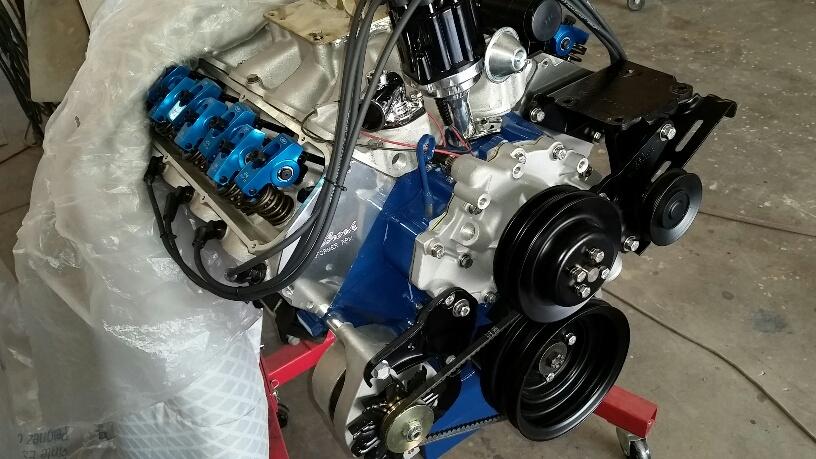 motor spark plug02