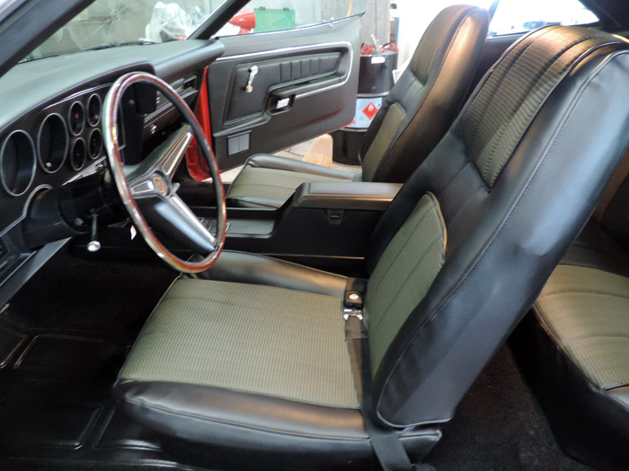 03 front seats