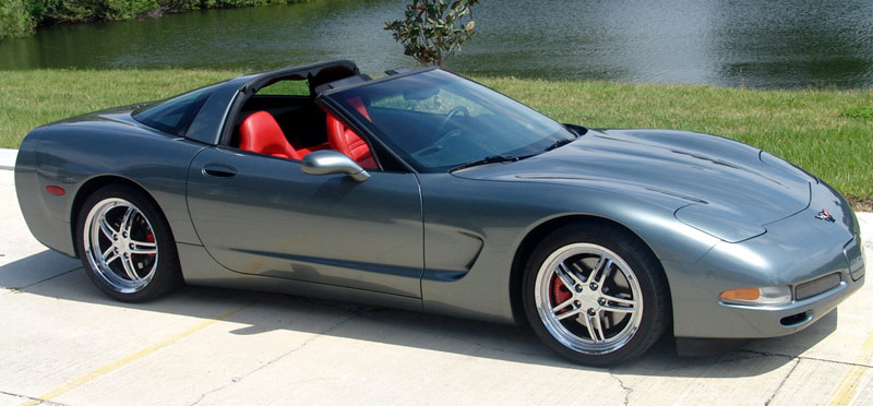 2004 Corvette Coupe Rare Spiral Gray With Torch Red